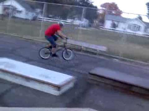 Kevin Teets backflip at ted lewis