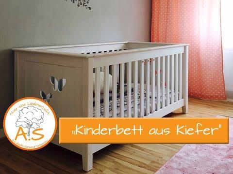 Kinderbett aus Kiefernholz