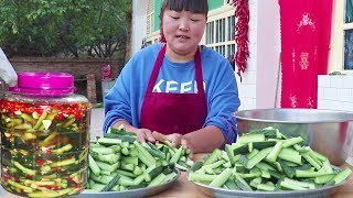 Northern Shaanxi pickled cucumber, appetizing rice, do 5kg are not enough to eat! Too sweet!