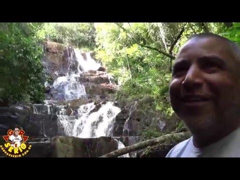 A Cachoeira do Palomar, além de grande, é uma das mais belas quedas d'água de Juquitiba.
