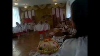 Танец с рушниками в детском саду