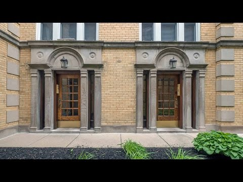 Video – tour a studio and one-bedroom in a vintage Lakeview walkup