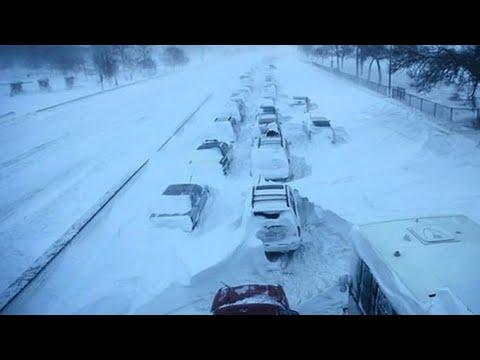 Жуткие метели обрушились на Казахстан. Гололед и мощные снегопады