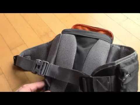 Mantona ElementsPro 10 Outdoor Kameratasche, Praktische, kompakte Tasche – paßt prima zur Sony Alpha