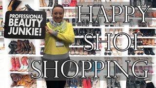 ASK YANA - Happy Shoe Shopping
