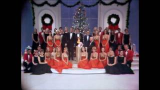 Dean Martin & The Entire Cast - Medley of Christmas Carols - LIVE - CHRISTMAS