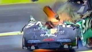 Смотреть онлайн Подборка жестких аварий Формула 1 и Nascar