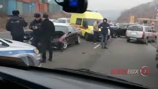 Молодой водитель погиб в массовой аварии во Владивостоке