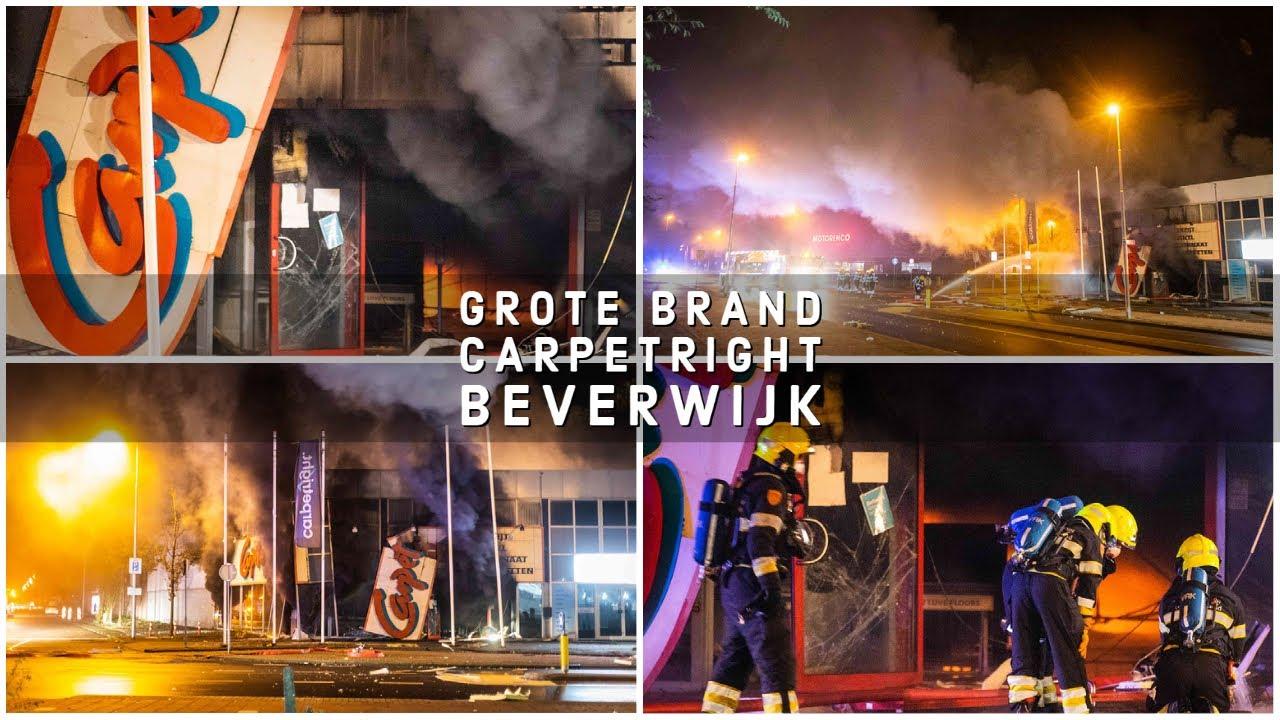 Grote brand bij CarpetRight in Beverwijk