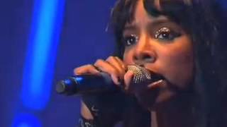 Kelly Rowland - DC Medley & Daylight (live Orange Warsaw) 2016