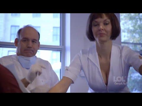 Sexy assistant! - LOL ComediHa