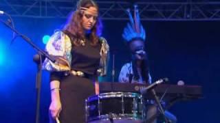 Bat For Lashes - Horse And I (Glastonbury 2007)