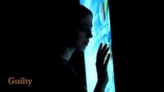 Strange Colour Blue 👤   Madrugada