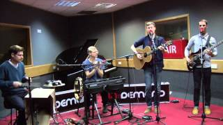Django Django - Love's Dart (session)
