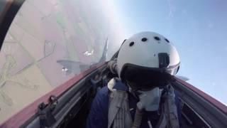 Перелет МиГ-29СМТ Курского авиаполка на аэродром Левашово для участия в тренировках Парада Победы