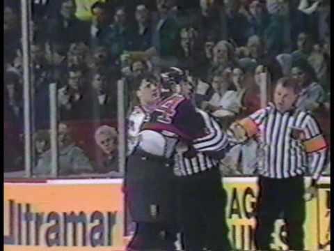 Mike Peluso vs Todd Ewen