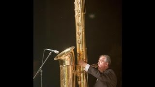 Attilio Berni plays the giant J