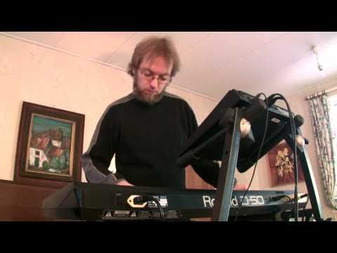 Kebu's The Lunar Effect (Yamaha S30 demo) – Synthtopia