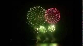 YouTube video E-card Everybody happy new year with fireworks and ABBA hit