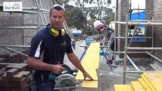 How to cut timber square with a power saw - Basic power tools skills