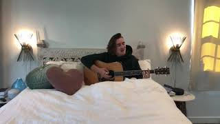 "Gnash Performs ""Nobody's Home"" In Bed 