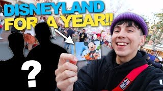 SURPRISING BEST FRIENDS with DISNEYLAND FOR A YEAR!! (PRICELESS REACTION)