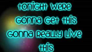 Hannha Montana Forever- This Boy That Girl- Ft. Iyaz-Lyrics