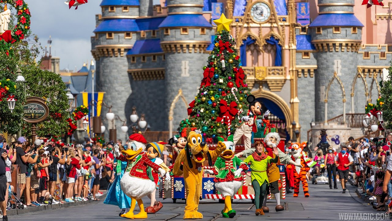 Magic Kingdom Holiday cavalcades 2020