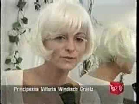 Il pigmentary nota su un corpo della ragione e un trattamento di una fotografia a donne