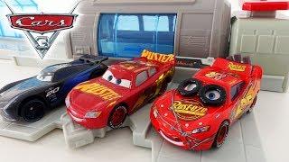 Новые МАШИНКИ Маквин и Джексон Шторм игровой набор Тачки 3 - мультики Disney Cars 3