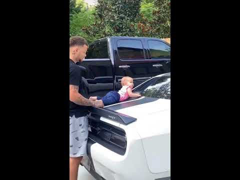 Kane Brown and Daughter Cutest Quarantine Moments!