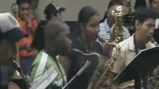 preview picture of video 'PRACTICA 2009 BANDA PPS LA CHORRERA - LA FUERZA DEL DESTINO'