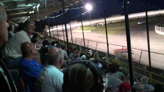 preview picture of video 'Oswego Speedway King Of Wings 2011 Full Race (recap)'