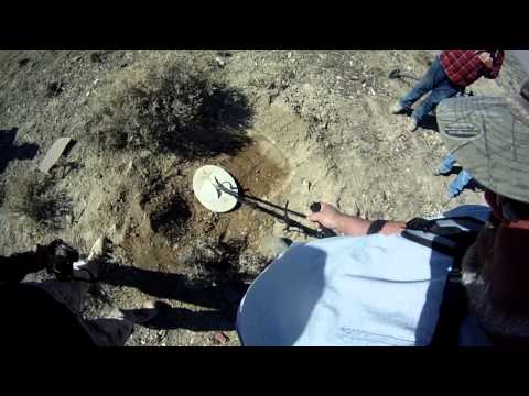 Secret to finding GOLD NUGGETS!! - Rye Patch, Nevada Metal Detector Training