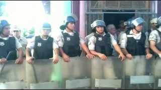 preview picture of video 'UNVES MANIFESTACION PARAGUARI 15/01/2013'