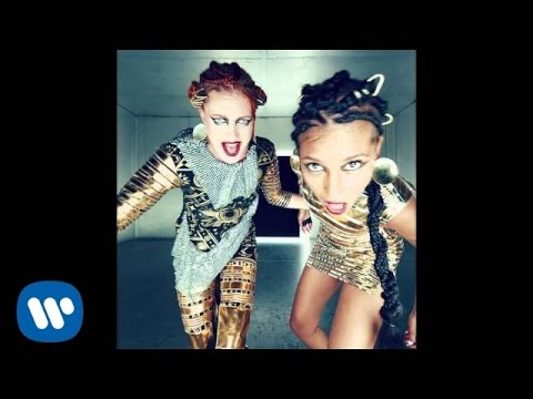Фото Icona Pop - Emergency (Official Video)