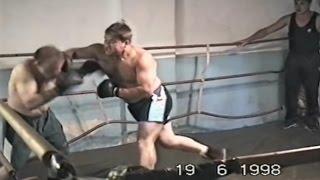 Жестокий бокс двух мужиков [Посмотрите, не пожалеете]