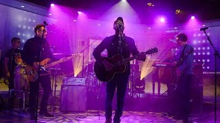 Hootie & The Blowfish Perform 'Time'   Live