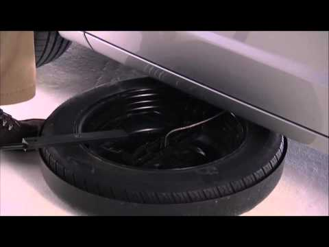 2015 Dodge Grand Caravan | Jacking and Tire Changing