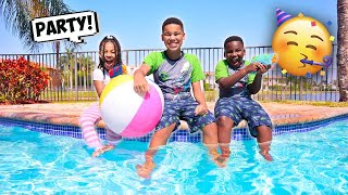 We had a PAJAMA POOL PARTY | FamousTubeFamily
