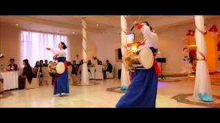 "Корейский танец с барабаном ""Чангочум"" (Korean dance with the drum ""Changochum"")"