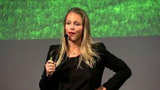 O Profissional do Futuro   Michelle Schneider   TEDxFAAP