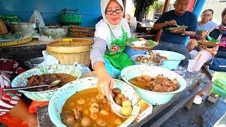 Indonesia Street Food - YOGYAKARTAS BEST STREET FOOD GUIDE! CRAZY Halal Food Tour In Jogja!!