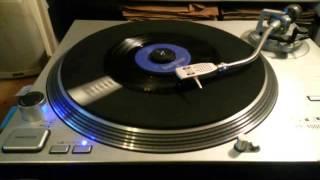 Nancy Bay - Lying awake (Philips 1965) A-side
