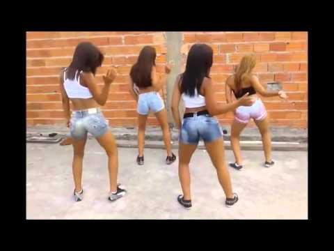 Novinhas dançando funk.