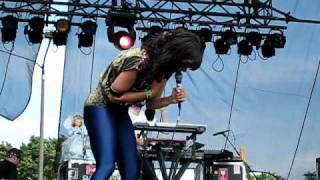 Bat For Lashes - Two Planets - Lollapalooza 2009
