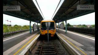 preview picture of video 'Greenford Station Contrasts.'