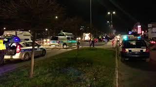 Wypadek w Kaliszu. Dwie kobiety potrącone na pasach. Jedna z nich zmarła.