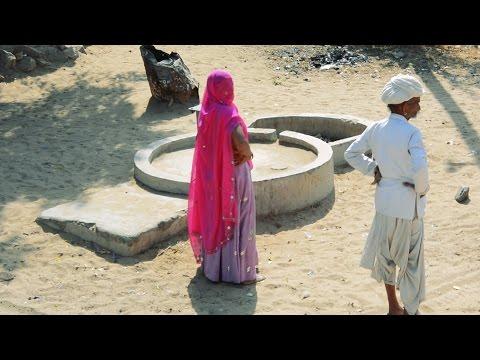 Rajasthan Village People Woman.Kids.Girls,Old Man near Bhinmal,Rajasthan,India.Rajasthani.भीनमाल