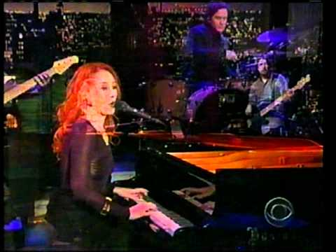 tori amos sleeps with butterflies  letterman 2005
